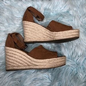 universal thread espadrille shoes camel brown tan